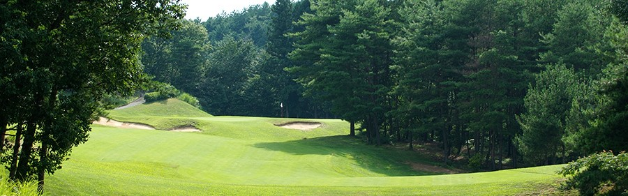 米国PGAツアーの設計思想を基本にデザインされたコースは、自然との戦いを味わえます。